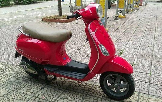 Thanh lý Piaggio Lx 150 màu đỏ đời khóa từ