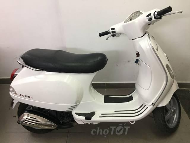Thanh lý xe máy Vespa LX 125ie trắng giá rẻ nhất Hà Nội