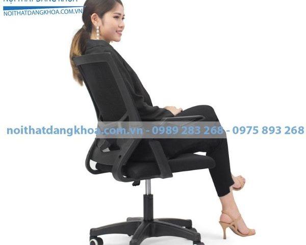 Ghế xoay lưng lưới GXLDK02 có màu đen sang trọng